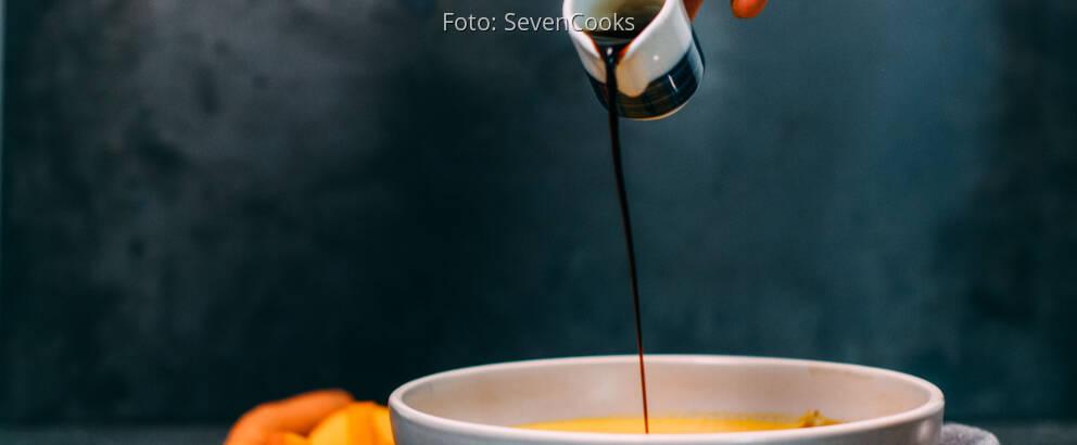 Vegetarisches Rezept: Ingwer-Kokos-Kürbissuppe 2