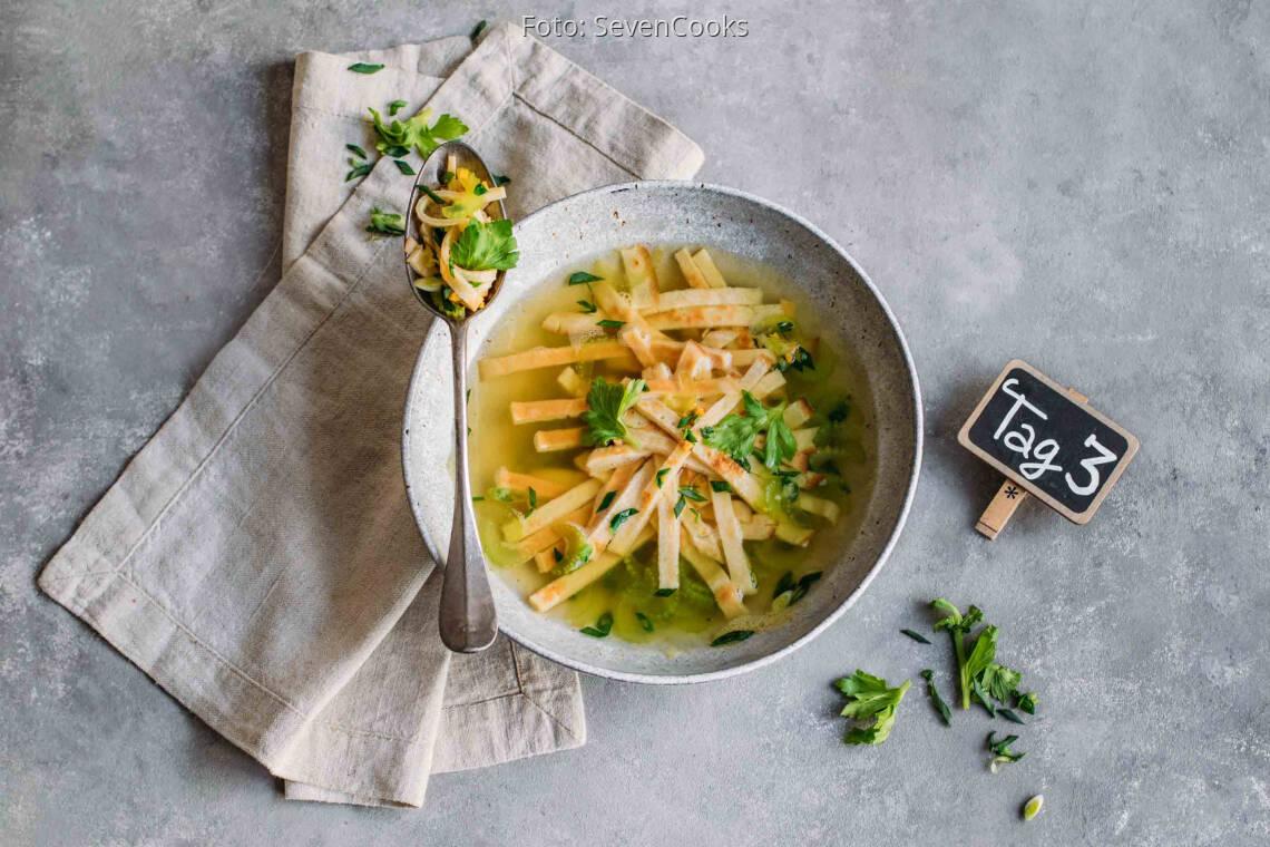 Vegetarisches Rezept: Kids Meal-Prep 3: Pfannkuchen Suppe_1_Schild