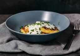 Vegetarisches Rezept: Klassische Kartoffelrösti mit Schnittlauchdip_1