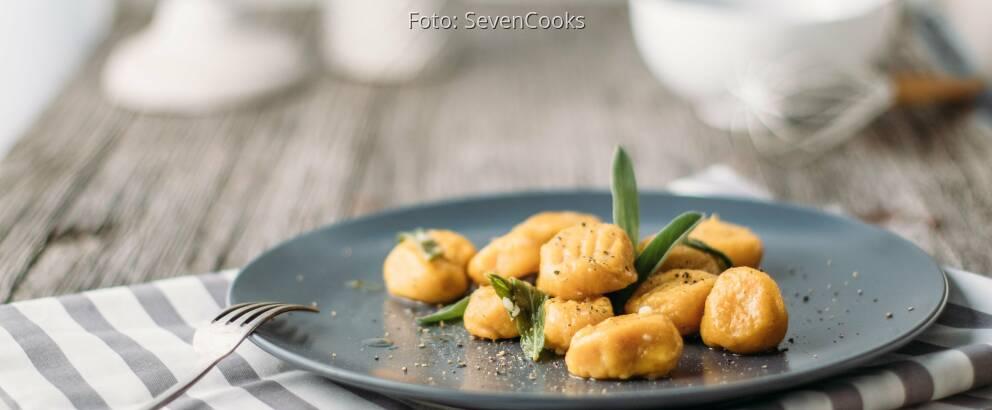 Vegetarisches Rezept: Kürbis-Gnocchi in Salbei-Butter