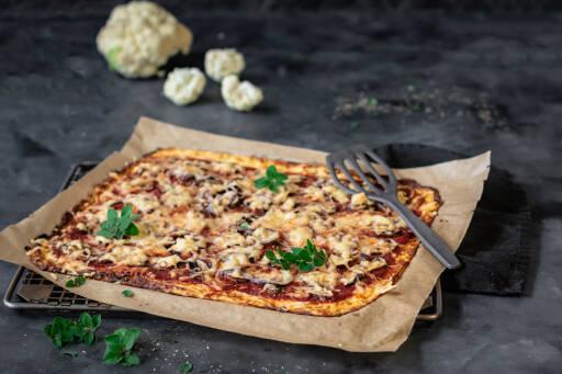 Vegetarisches Rezept: Low Carb Blumenkohl-Pizza 1