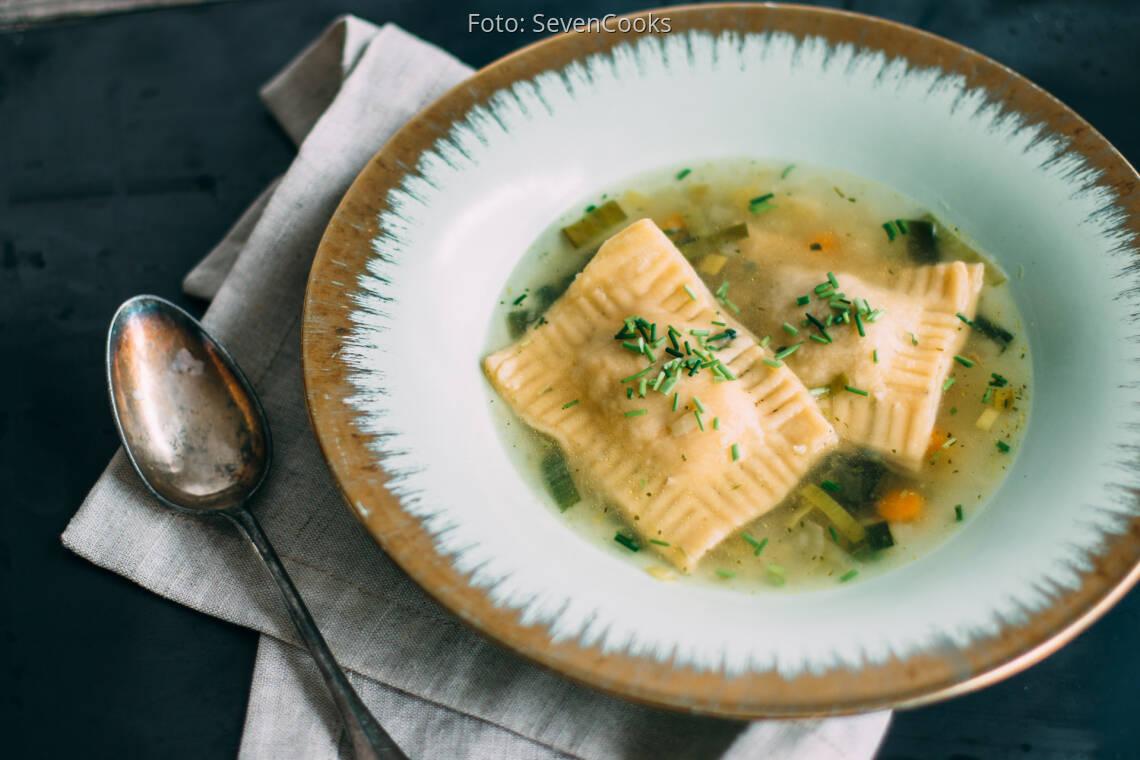 Vegetarisches Rezept: Maultaschensuppe