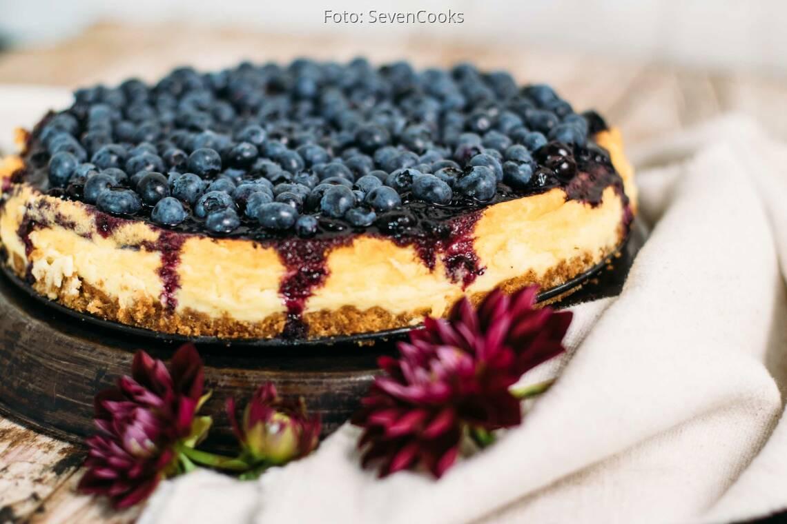 Vegetarisches Rezept: NY Cheesecake mit Heidelbeertopping_1