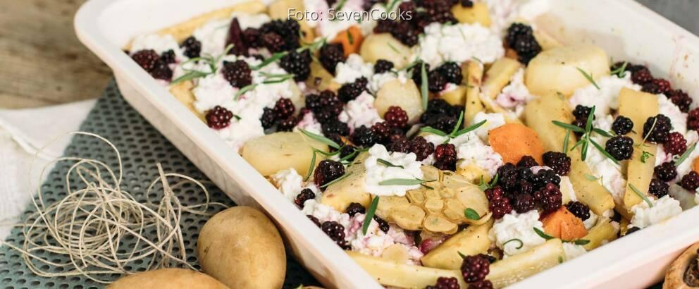 Vegetarisches Rezept: Pastinakenofengemüse mit Hüttenkäse_2