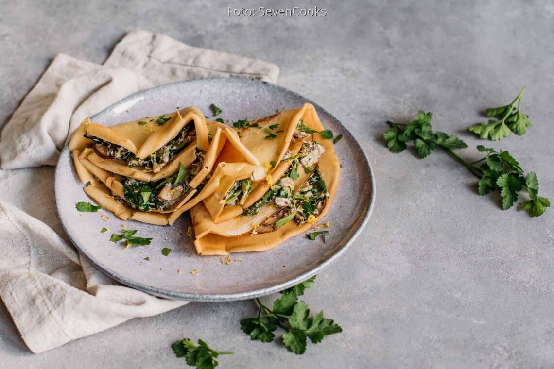 Vegetarisches Rezept: Pfannkuchen mit Spinat-Pilz-Füllung 1