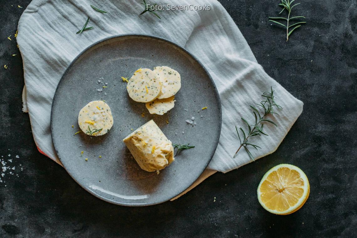 Vegetarisches Rezept: Rosmarin-Zitronen-Butter 1