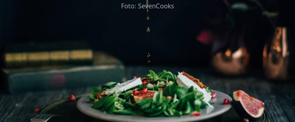 Vegetarisches Rezept: Süß-würziger Herbstsalat