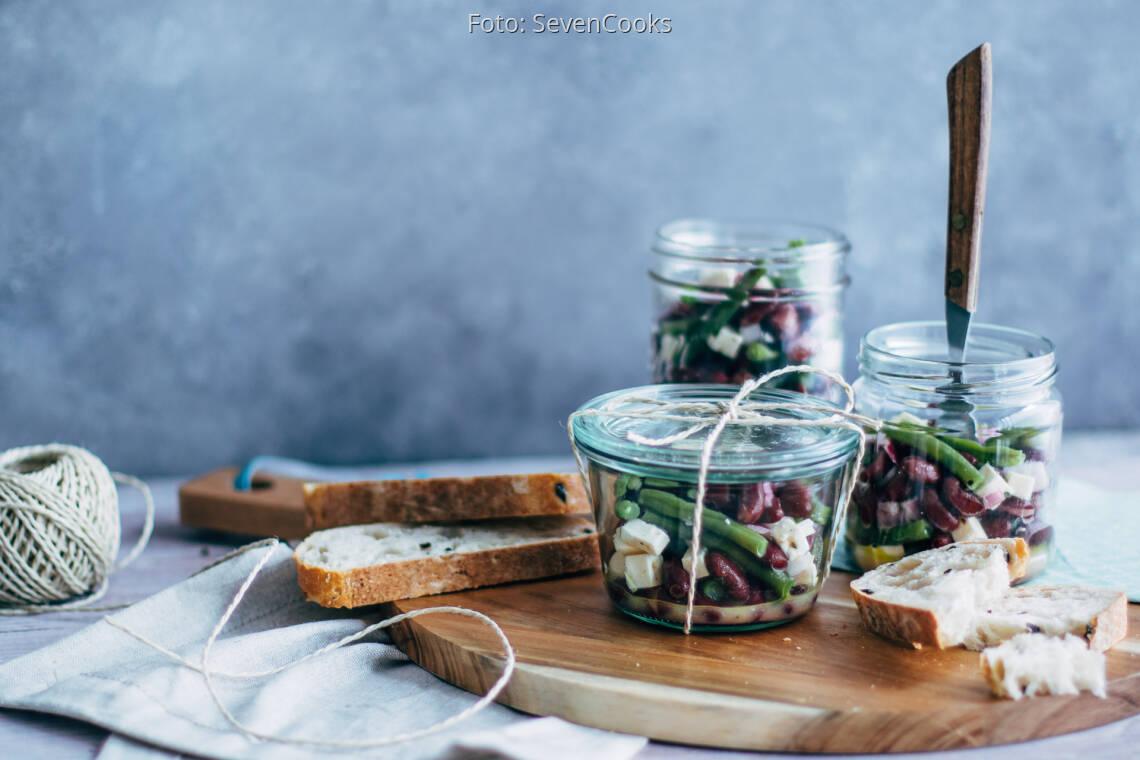 Vegetarisches Rezept: Zweierlei Bohnensalat mit Feta