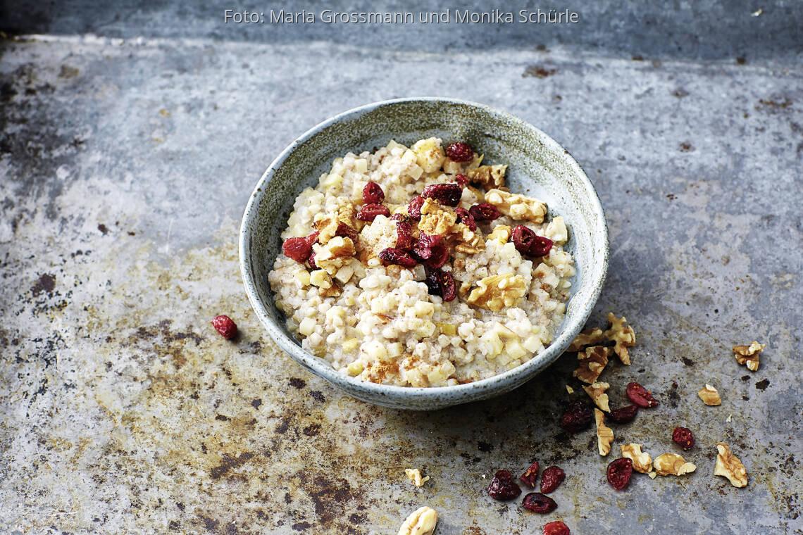 Winterliches Buchweizen-Porridge