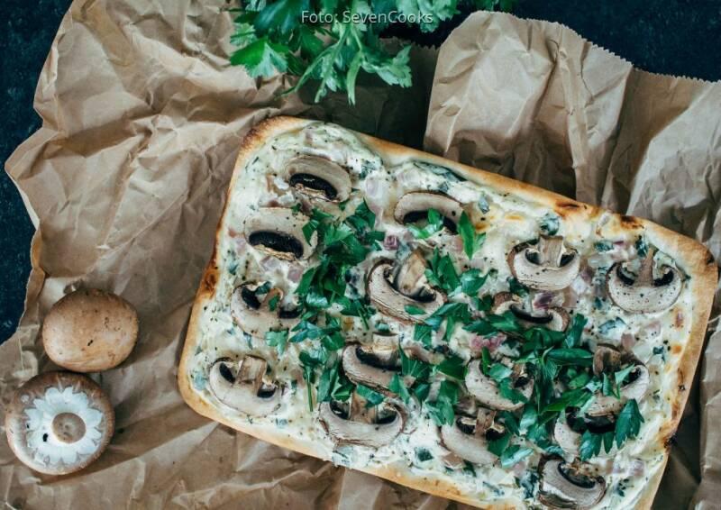 Wochenplan Blitzrezepte Weihnachten: Pilzflammkuchen