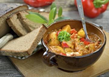 Wochenplan Günstig Gerichte im Winter: kartoffelgulasch
