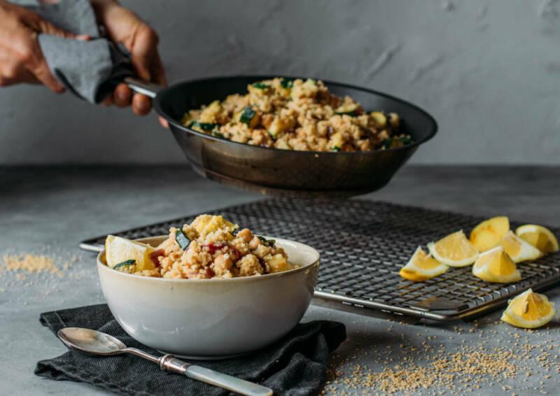 Zitronige Couscous-Pfanne