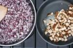 Zubereitung: Zwiebelwürfel und Räuchertofuwürfel in Pfannen auf Gasherd anbraten
