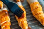 Zubereitung: Mit Wasser, Öl und Paprika einpinseln