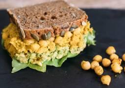 Veganes Rezept: Vegane Chikpea Cream Sandwiches
