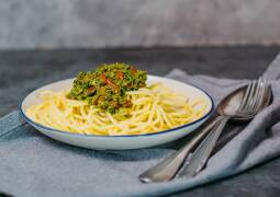 Veganes Spinat Pesto mit Spaghetti 1