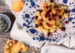 Vegetarisches Rezept: Salbei-Gnocchi mit Kürbis-Gorgonzola-Soße 1